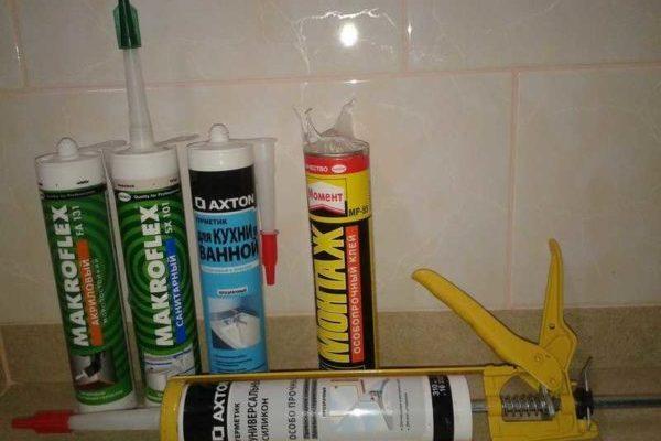 Как выбрать герметик для ванной