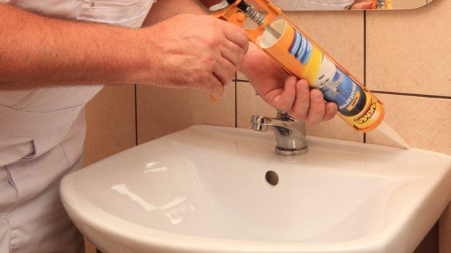 Как правильно наносить герметик