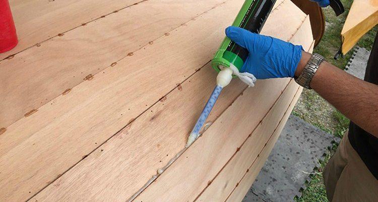 Как выбрать герметик для дерева