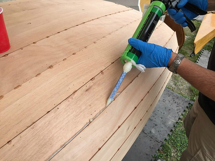 Какие существуют герметики для отделки дерева